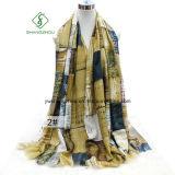 Новая шаль конструкции с повелительницей напечатанной шотландкой сатинировки способа Шарфом Фабрикой
