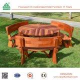Таблицы и стулы трактира комнаты деревянные обедая
