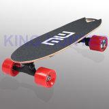 Rad-Selbst, der elektrischer Roller-elektrisches Skateboard balanciert
