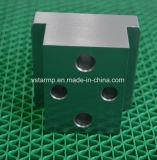 Tour CNC de haute précision de l'usinage de pièces pour machines à coudre
