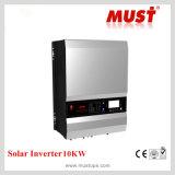 Generator-Selbstwiederanlauf 8000W richten Inverter der Sinus-Wellen-DC-AC mit Solaraufladeeinheit aus