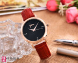 マルチカラー本革ストラップが付いている新しい到着の方法合金の腕時計