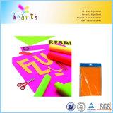 El papel en colores neón fluorescente