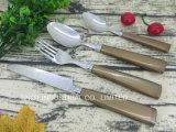 De Lepel van de Vork van het mes plaatst de Hoogwaardige Plastic Reeks van het Bestek van het Handvat