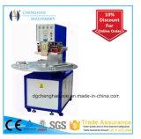 Macchina per l'imballaggio delle merci di aspirazione di plastica a tre posizioni del disco, macchina imballatrice della bolla di certificazione del Ce