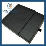 Caixa de cartão preta da gaveta com fita
