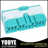 ジープの配線用ハーネスのコネクターの自動車男性の緑の自動配線用ハーネスのコネクターPBT