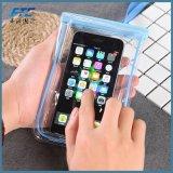 Le téléphone mobile imperméable à l'eau à implantation variable met en sac le sac sec de poche