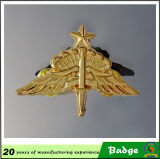 Emblemas de bronze antigos do Pin do Rank militar da asa do chapeamento do metal