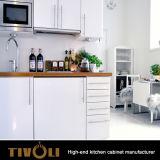 Kleine hölzerne Melamin-Großhandelsküchen für Moduel Kd Verpackung TV-0489