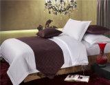 Il fornitore di tela dell'hotel ha personalizzato la biancheria da letto stabilita di bianco dell'hotel dell'assestamento