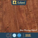 La quercia di cristallo del commercio all'ingrosso 8.3mm E0 HDF AC3 ha incerato la pavimentazione di legno del laminato dell'acero del bordo
