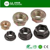 Noix Hex galvanisée galvanisée de bride d'acier du carbone (DIN6923)