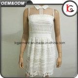 Femme d'usine de haute qualité chiffon robe dentelle blanc élégant dessins Sweet Shirt sans manches robe col 2017