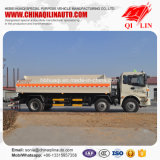 Camion citerne pour asphalte liquide, chargement de l'huile de glaçage