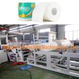 Toiletten-Gewebe Rolls, der das automatische Toilettenpapier herstellt Maschine rückspult