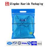 Vestiti trasparenti della camicia che impaccano il sacchetto di plastica per vestiti