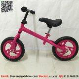 Легкий вес детей езды на циклов, присмотр за ребенком баланса на велосипеде в течение 3 лет