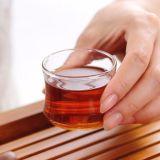 Insieme di vetro di vetro della tazza di tè dell'insieme di tè di stampa di marchio del piattino della tazza di tè