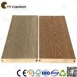 Пол 2018 Decking нового продукта водоустойчивый деревянный пластичный составной