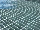 Galvanizado en caliente rejillas de piso dentadas para la plataforma