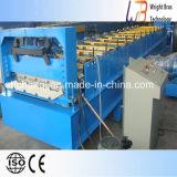 Machine à former des rouleaux de tuiles en métal
