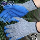 Перчатка работы дешевого голубого латекса Nmsafety покрытая трудная