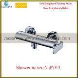 Série sanitaire de robinet d'eau de salle de bains d'articles