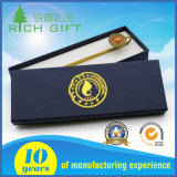 Le logo estampé conçoivent des signets en fonction du client en métal pour des cadeaux d'affaires