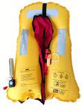 Спасательный жилет голубого типа цвета просто раздувной
