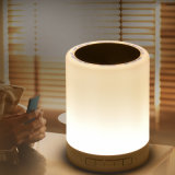 Mini altoparlante di Bluetooth con la lampadina del LED