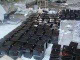 Urna nera della pietra del granito