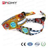 Biglietto a gettare uno fuori dai Wristbands della fascia del braccialetto del tessuto di RFID