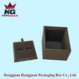 Der Plastikgeschenk-Kasten für Schmucksachen