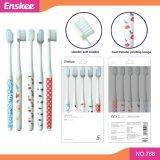 Toothbrush adulto com as cerdas macias delgadas super 5 em 1 bloco 768 da economia