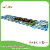 Структура спортивной площадки модной конструкции большая крытая для малышей