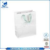 Un logo personnalisé sac de papier dessin de plastification