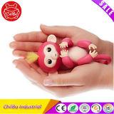 Игрушка обезьяны любимчика младенца Fingerlings малышей франтовская электрическая