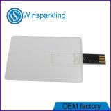 Movimentação colorida do flash do USB do cartão de crédito