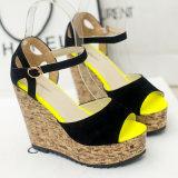 Новый стиль Кожаные босоножки Asakuchi платформа обувь женщины водонепроницаемый твердых склона с высокой каблуке босоножки рыбы во рту