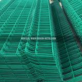 PVCコーティングの庭の庭のための塀によって溶接される鉄条網のパネル