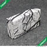 De kubusvormige Witte Verpakkende Doos van het Karton van de Textuur