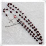 赤い楕円形のビードおよび十字項目が付いている木の数珠: IoCr245