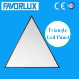 Venda a quente 1200x1200x1200mm triângulo da Luz do painel de LED