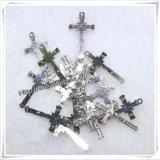 マルチカラーカトリック教の金属のイエス・キリストの永続的な十字架像(IOap227)