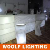 2017의 새로운 디자인 Woolf LED에 의하여 조명되는 바 카운터 가구