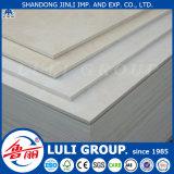 Los precios de 12 mm de tablero contrachapado de madera con núcleo y WBP pegamento de China de fábrica