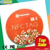 la impresión NTAG213 de la insignia 13.56MHz enrarece la escritura de la etiqueta de NFC para la promoción