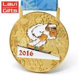 カスタム金属によってめっきされるニッケルのラグビーの記念品メダル、ラグビーのスポーツメダル、スライバめっきメダル
