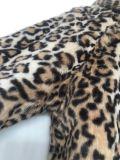 流行の暖かい中型の長い毛の毛皮の偽造品の毛皮のコート